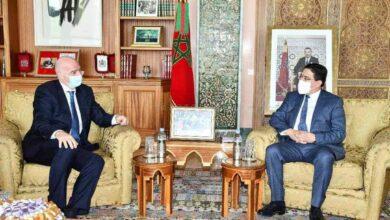 Photo of إنفانتينو يزور الرباط.. و لقجع و وزير الخارجية المغربي في استقباله